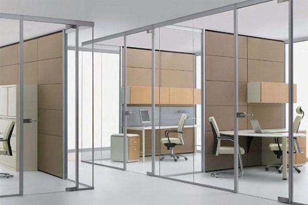 Sử dụng kính giúp giảm bớt được chi phí chiếu sáng đáng kể cho các văn phòng tòa nhà